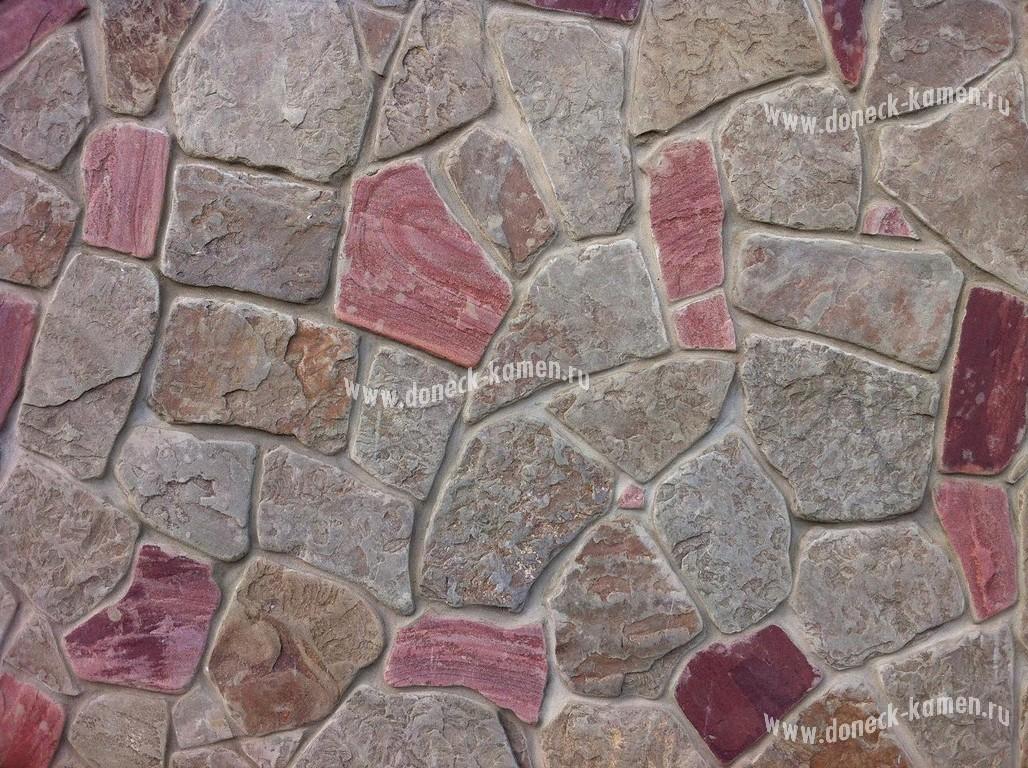 Оголтованный камень серо-зеленый